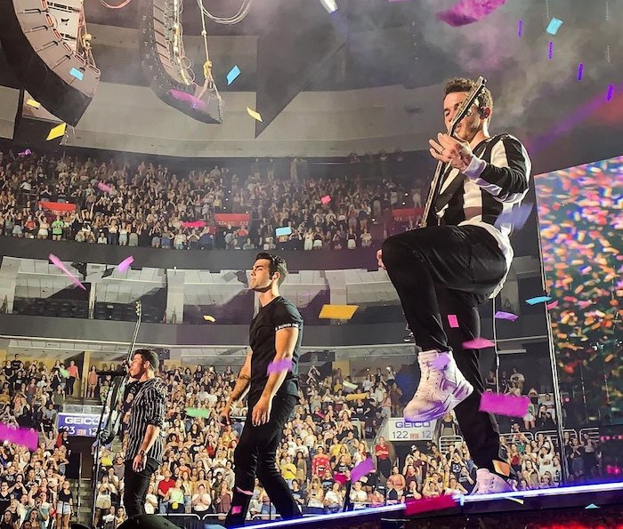 The Jonas Brothers brought happiness to Philadelphia 2