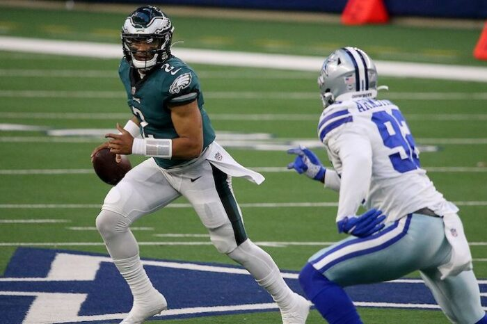 Playoff Dreams Officially Over, Eagles Fall to Cowboys 37-17