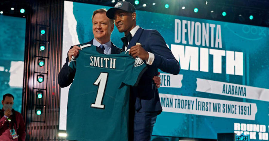 Eagles Trade Up, Select Heisman Winner Smith with 10th Pick